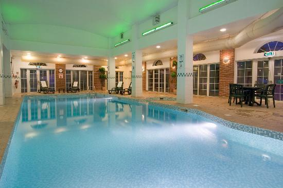 Swimming pool picture of holiday inn corby corby tripadvisor for Corby international swimming pool