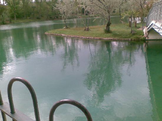 Balneario Termas Pallares - Hotel Parque: lago termal