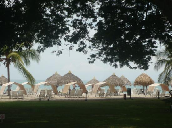 Royal Decameron Beach Resort, Golf & Casino: Los techitos