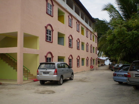 Tanjung Mali Beach Motel