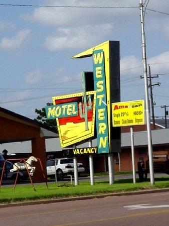 western motel updated 2018 prices reviews. Black Bedroom Furniture Sets. Home Design Ideas