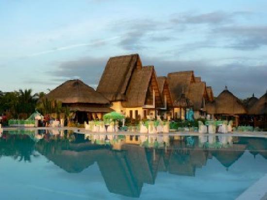 Playa Tropical Resort Hotel
