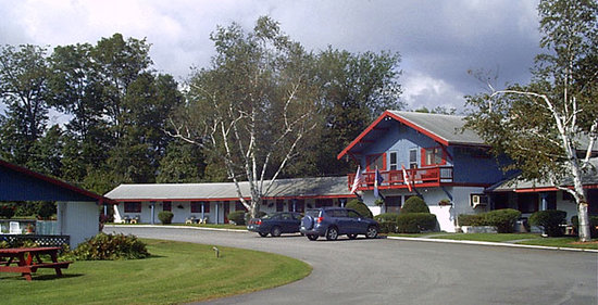Manchester, VT: The Chalet Motel