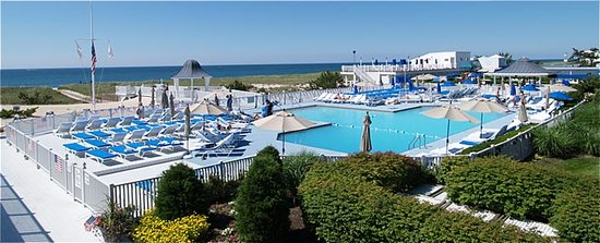 Westhampton Beach, Nova York: The Bath & Tennis Hotel and Marina
