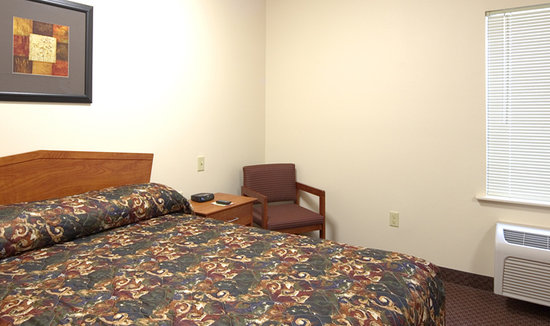 WoodSpring Suites Austin North I-35: Value Place Austin (Braker Lane)