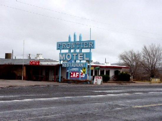 Cuba, NM: Frontier Motel