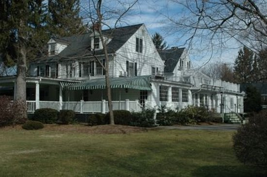 New Canaan, CT: Roger Sherman Inn