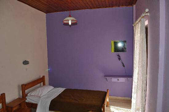 The Comfy Hostel / Studios: lavender room