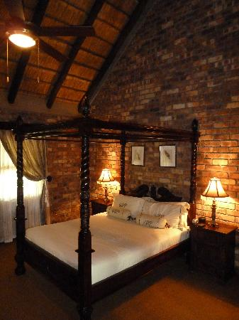Elandela Private Game Reserve : Luxurious bedroom