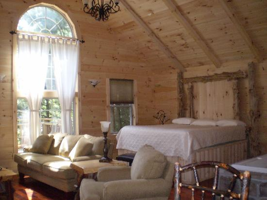 Amish Country Lodging: comfy sleep number bed