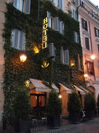 Boutique Hotel Campo de Fiori: Charming ivy-covered gem