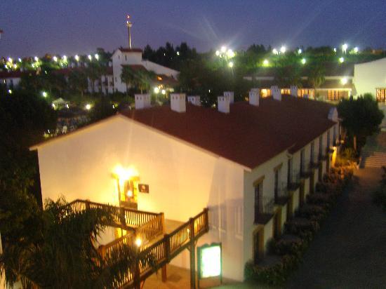 PortAventura Hotel El Paso: view over the hotel