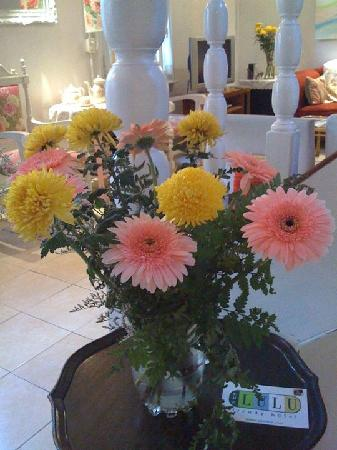 Che Lulu Guesthouse : Flowers
