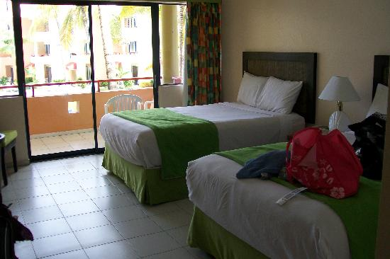 Casa Marina Beach Resort: our room