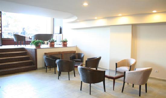 Hotel Temizay: Oturma Salonu