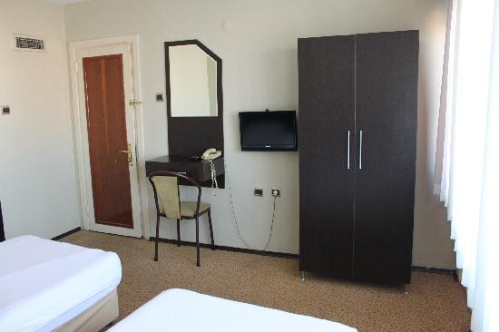 Hotel Temizay: Oda Görünümü