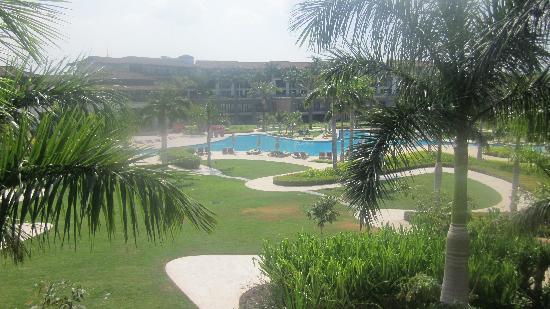 JW Marriott Guanacaste Resort & Spa: Hotel Grounds