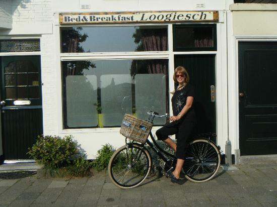 Bed & Breakfast Loogiesch: Loogiesch Bed & Breakfast.  On the Bike
