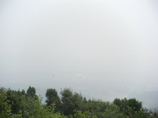 Houshi Mountain: 山頂より