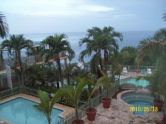 Sunset from our balcony at cielo mar picture of hotel for Hotel cielo mar ofertas familiares
