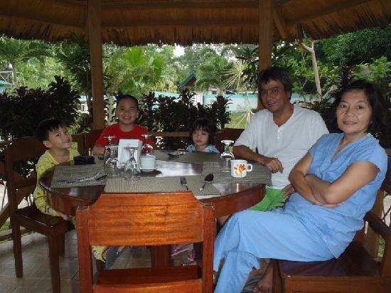 Niko's Cabanas & Restaurant: Breakfast at Nikos' Cabanas