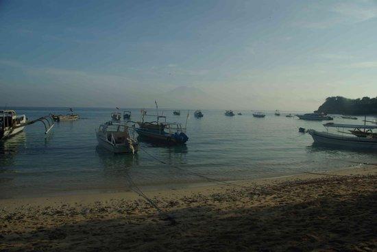 Nusa Lembongan, Indonesië: Early morning at Mushroom bay