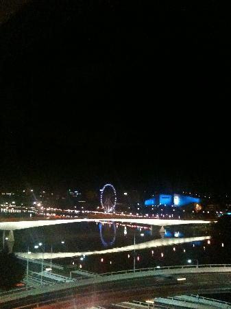 Mercure Brisbane : Serene View at 3.00am from Rm 609