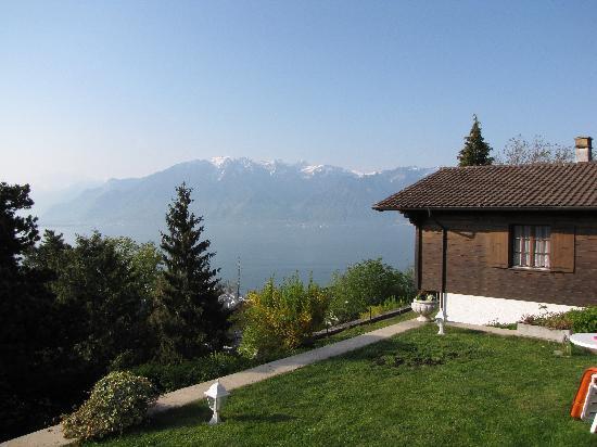 B&B Chez Bibiane & Rene : view from the hill
