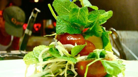 Cyprus : Chef creates lively refreshing specials, daily.