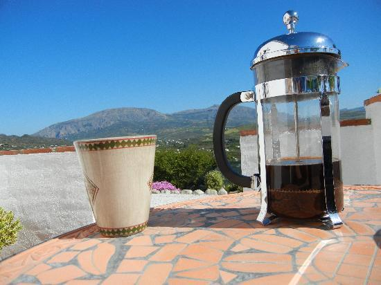 Alora Valley View Accommodations: morning coffee