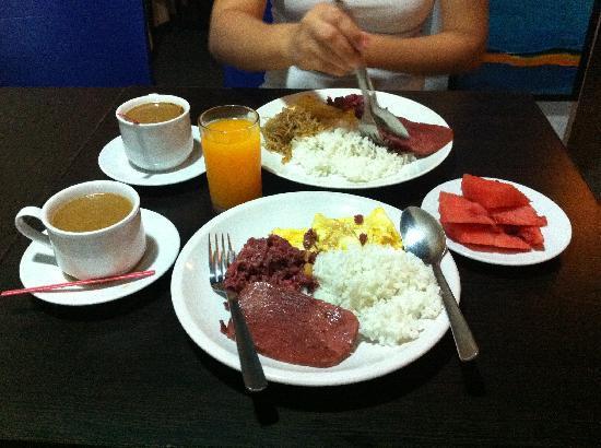 Hotel Pier Cuatro: our breakfast