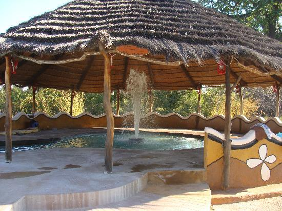 Makgadikgadi Pans National Park, Botswana: Cool dip after a hot day