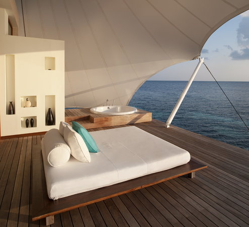 W Maldives: AWAY Spa Treatment Room