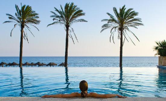 Hotel Vincci Seleccion Estrella del Mar: Indoor Pool-Beach Club