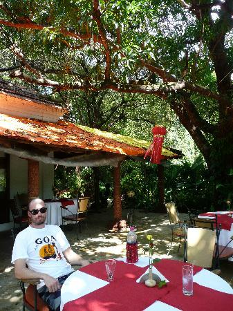 Laguna Anjuna: Lunch in the courtyard