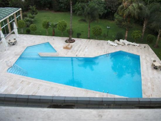 El Oumnia Puerto: Swimming pool