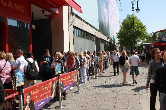 Madame Tussauds Berlin: Warteschlange