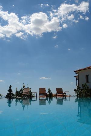 Roxani Country House: Swiming pool