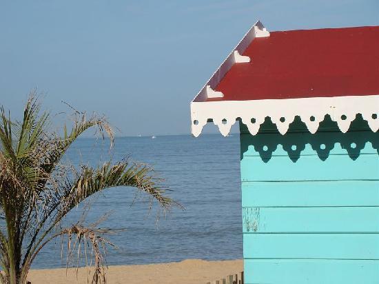 Chatelaillon-Plage, Frankrike: plage et couleurs océanes