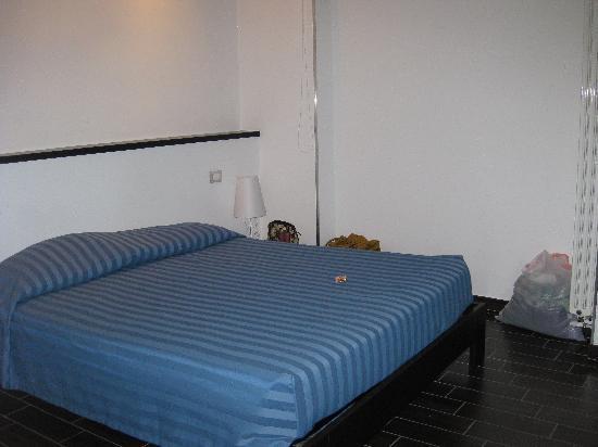 BBQueen : Bed of the biggest room