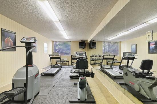 Gateway Hotel Dallas: Exercising Facilities