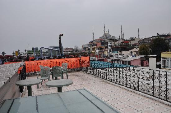 Gul Sultan Hotel: Hotel Gul Sultan Dachterrasse
