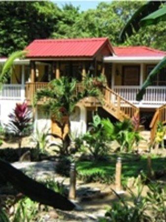 Cinco Continentes Rooms & Apartments