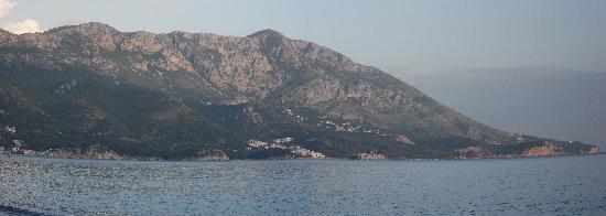 Hotel Montenegro Beach Resort: Vue de la plage