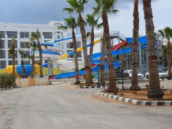 Marlita Beach Hotel Apartments Waterpark