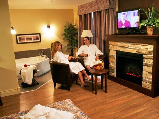 Hotel L'Oiseliere - St-Nicolas: Suite romantique