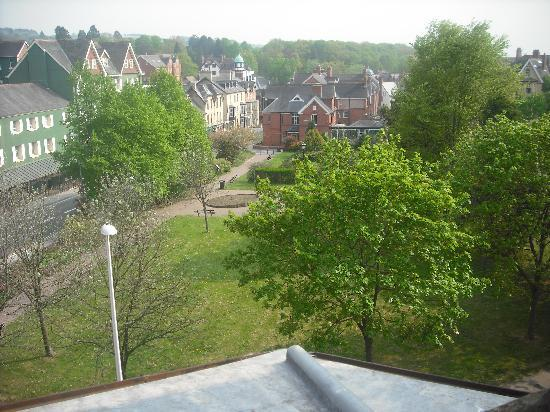 Llandrindod Wells, UK: View out the roomm window