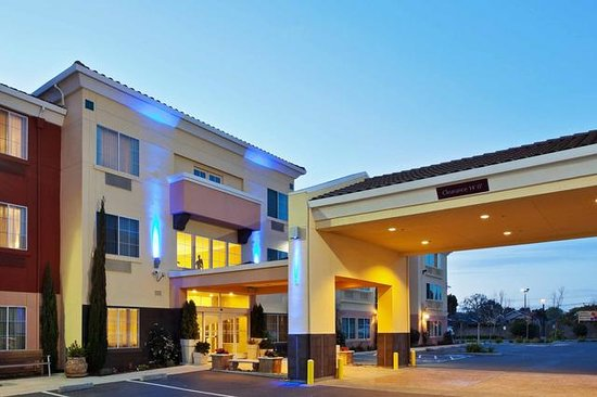 Holiday Inn Express Berkeley : Holiday Inn Express Hotel & Suites Berkeley