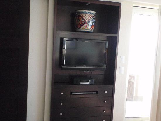 1 of 2 TV's and the Bose wave radio