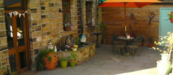 Marsden, UK: Lotus Room Courtyard